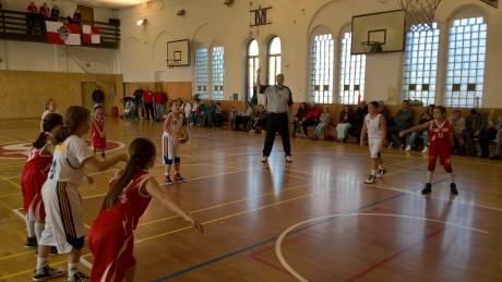 Turnaj U10 v Kraslicích a šmoulinky doma