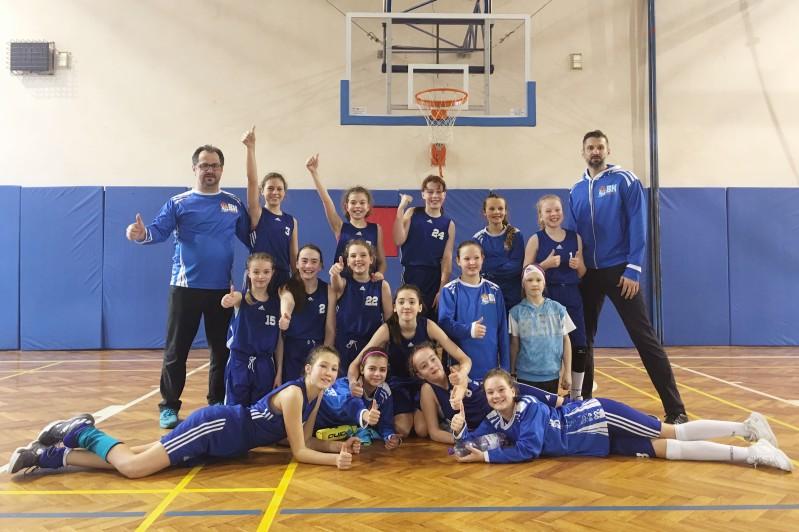 Foto: U12 si s předstihem zajistily postup na Národní finále !!!