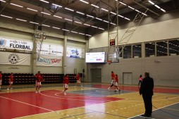 DSK Basketball Nymburk-KV - Sokol Hradec Králové - fotka 4